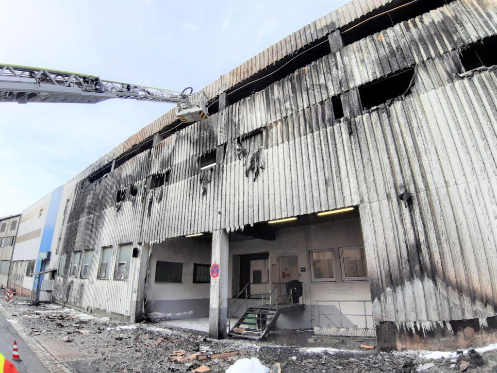Gebäudeansicht nach dem Brandereignis